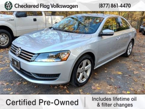 Certified Pre-Owned 2015 Volkswagen Passat 1.8T SE FWD 4D Sedan