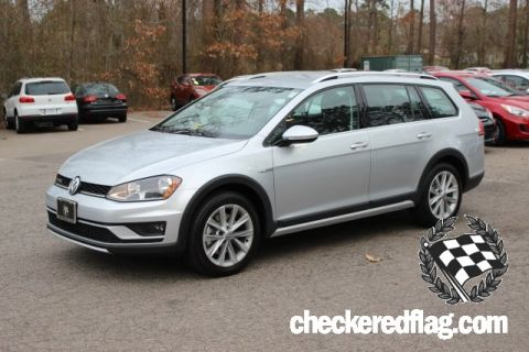 New 2017 Volkswagen Golf Alltrack TSI S 4Motion AWD
